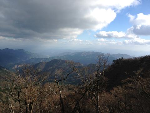 英彦山中腹から南方を望む